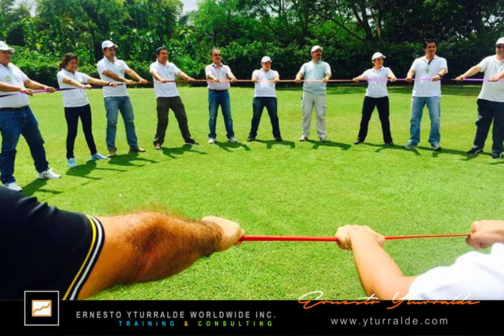 Extraordinarios talleres de Team Building & Outdoor Training | Ernesto Yturralde Worldwide Inc.